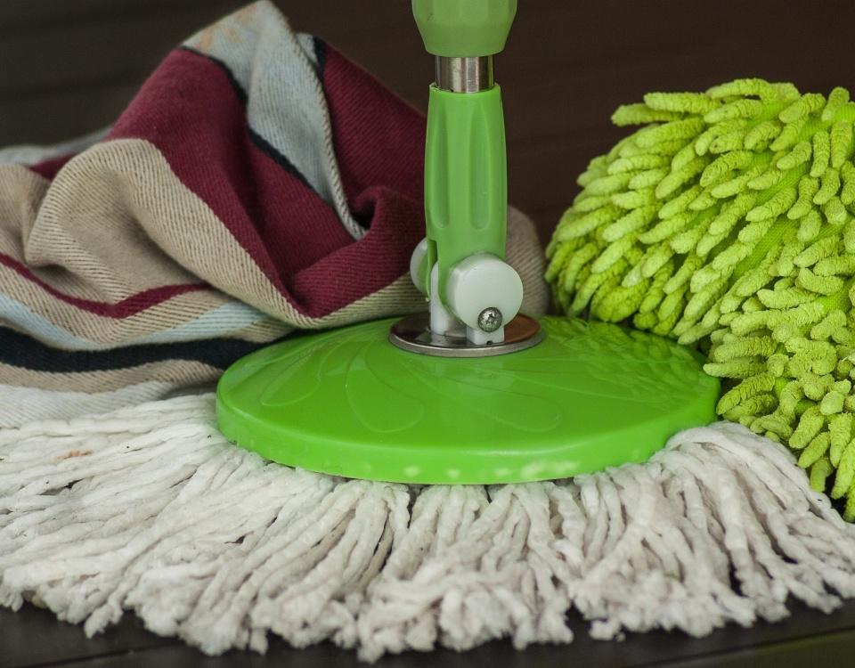 Reinigung PVC und Linoleum